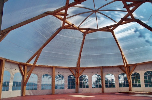 <b>Hudson, Quebec</b><br>Timber framed wedding pavilion