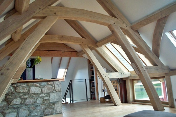 <b>Scotland, UK</b><br>Timber framed loft, built while employed by Carpenter Oak & Woodland Co.