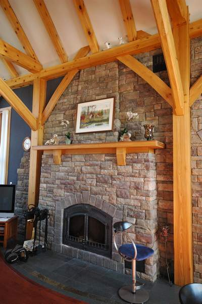<b>Ottawa, Ontario</b><br>Timber frame fireplace