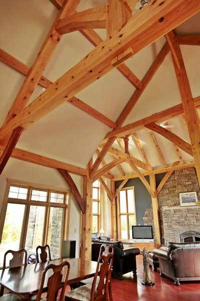 <b>Ottawa, Ontario</b><br>Timber framed kitchen and living room