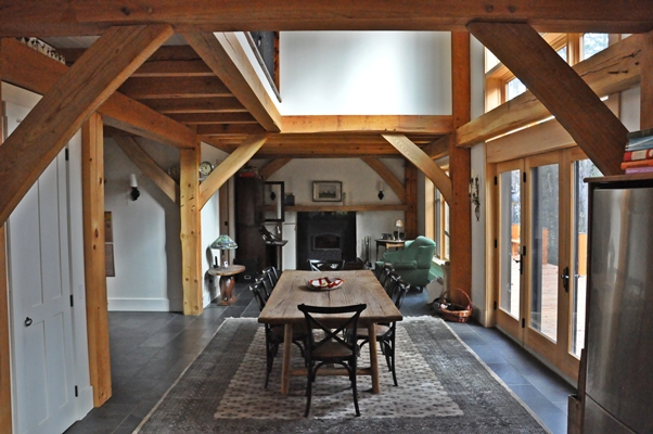 <b>Hudson, Quebec</b><br>Timber framed dining room