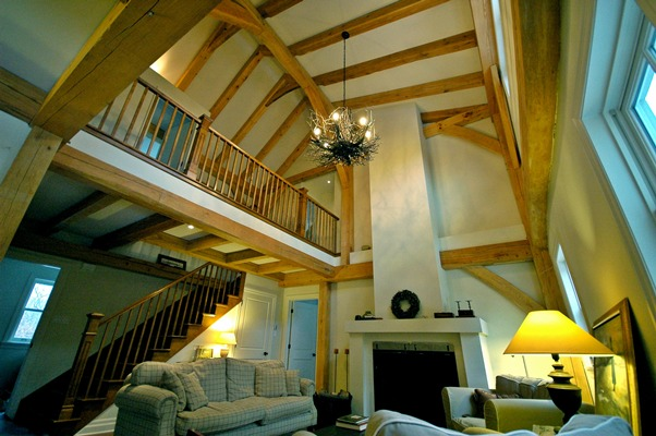 <b>Hudson, Quebec</b><br>Timber frame living room open to floor above
