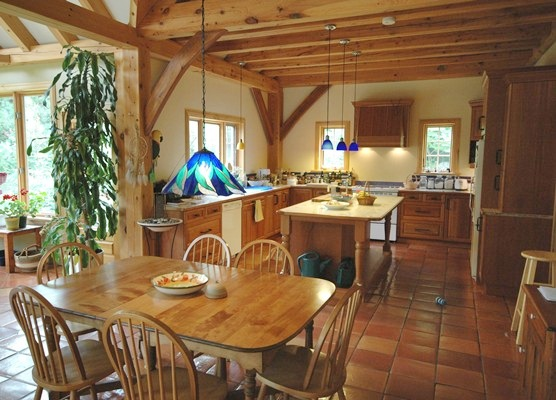 <b>Sainte-Marthe, Quebec</b><br>Timber framed kitchen