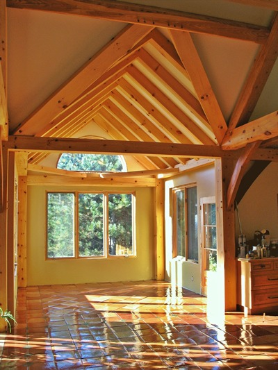 <b>Sainte-Marthe, Quebec</b><br>Timber framed breakfast nook